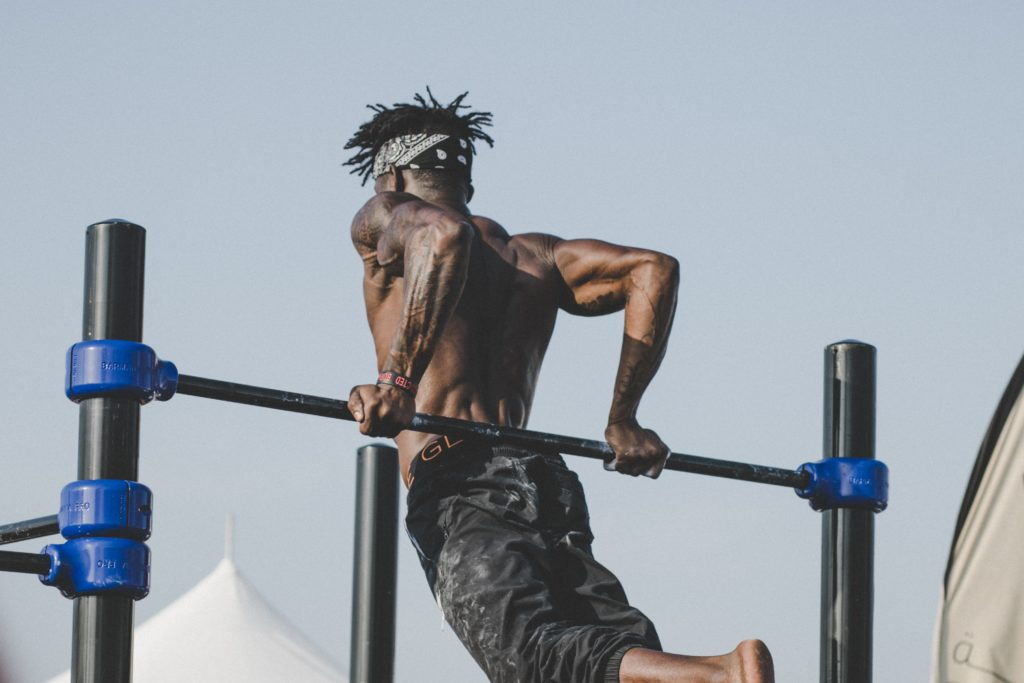how to workout without a personal trainer